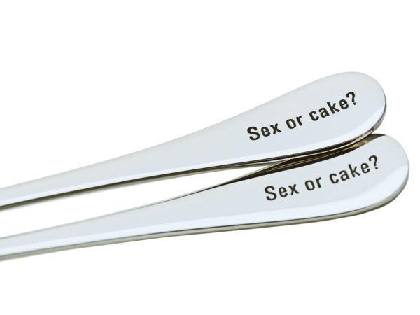 Valentinstag Geschenke - Besteck mit Gravur Spruch - Sex or cake?